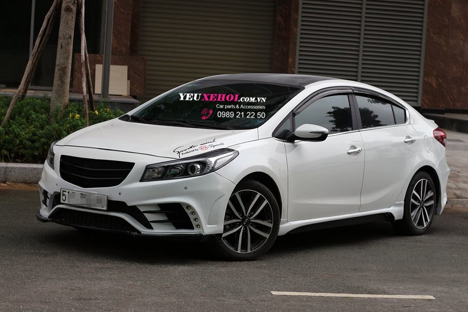 BEAUTIFUL BODYKIT KIA CERATO 2016