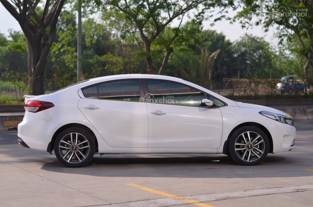 KIA CERATO | RES EXHAUST WHITE