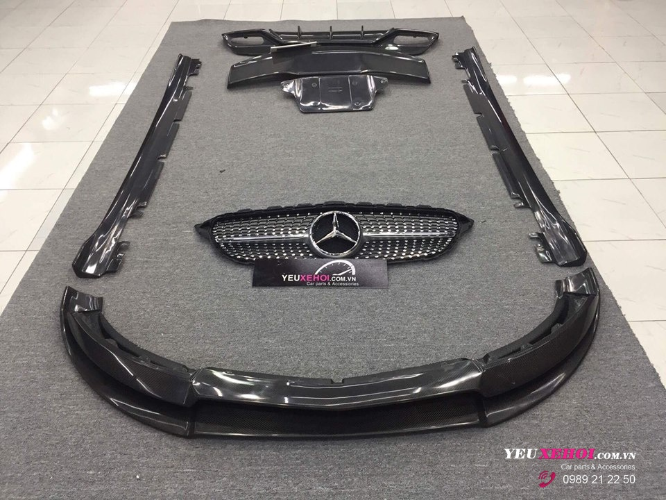 MERCEDES A45 /FULL CARBON LIP VARIS / NICHE M117 19 INCHES