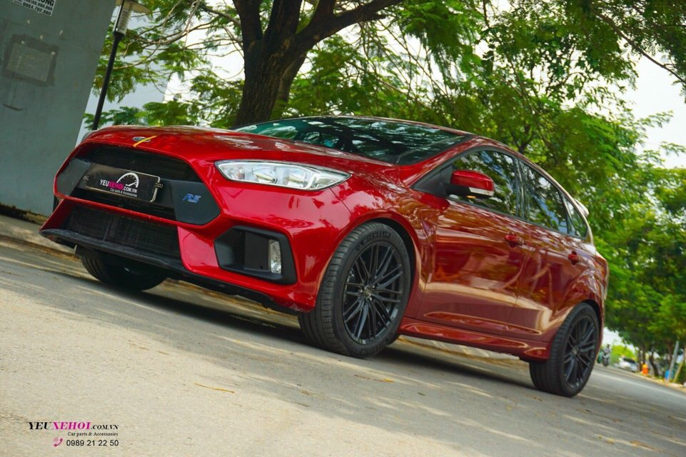 FORD FOCUS BODYKIT RS