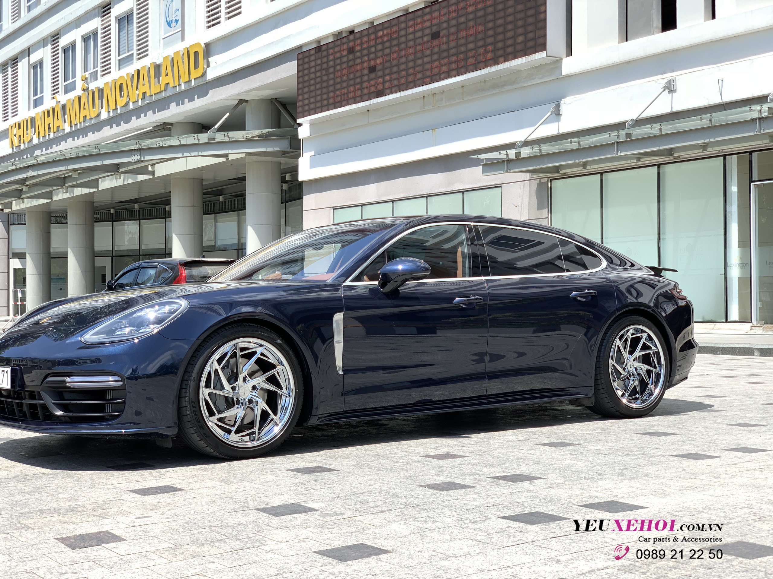 NEW PORSCHE PANAMERA  / 305FORGED 21 INCHES
